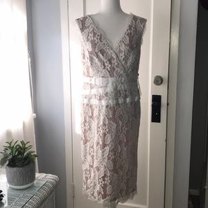 Adrianna Papell lace evening dress NWT